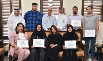HANDICRAFTS DIRECTORATE DISTRIBUTES CERTIFICATES TO THE PARTICIPANTS OF THE GLASS ARTS WORKSHOP