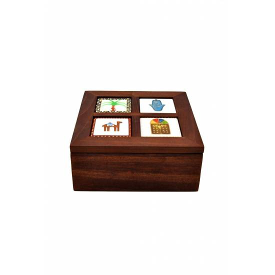 Wooden Box with 4 Ceramic Pieces