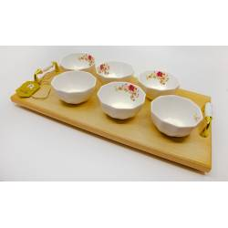 Tray with 6 pieces
